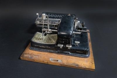 August 2021: Mignon 4 Typewriter