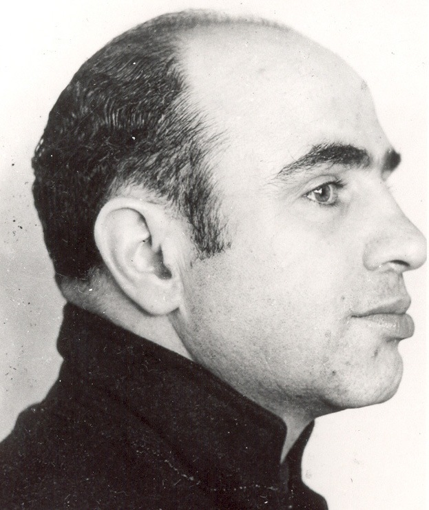 Al Capone Mug Shot 1934 (Side)