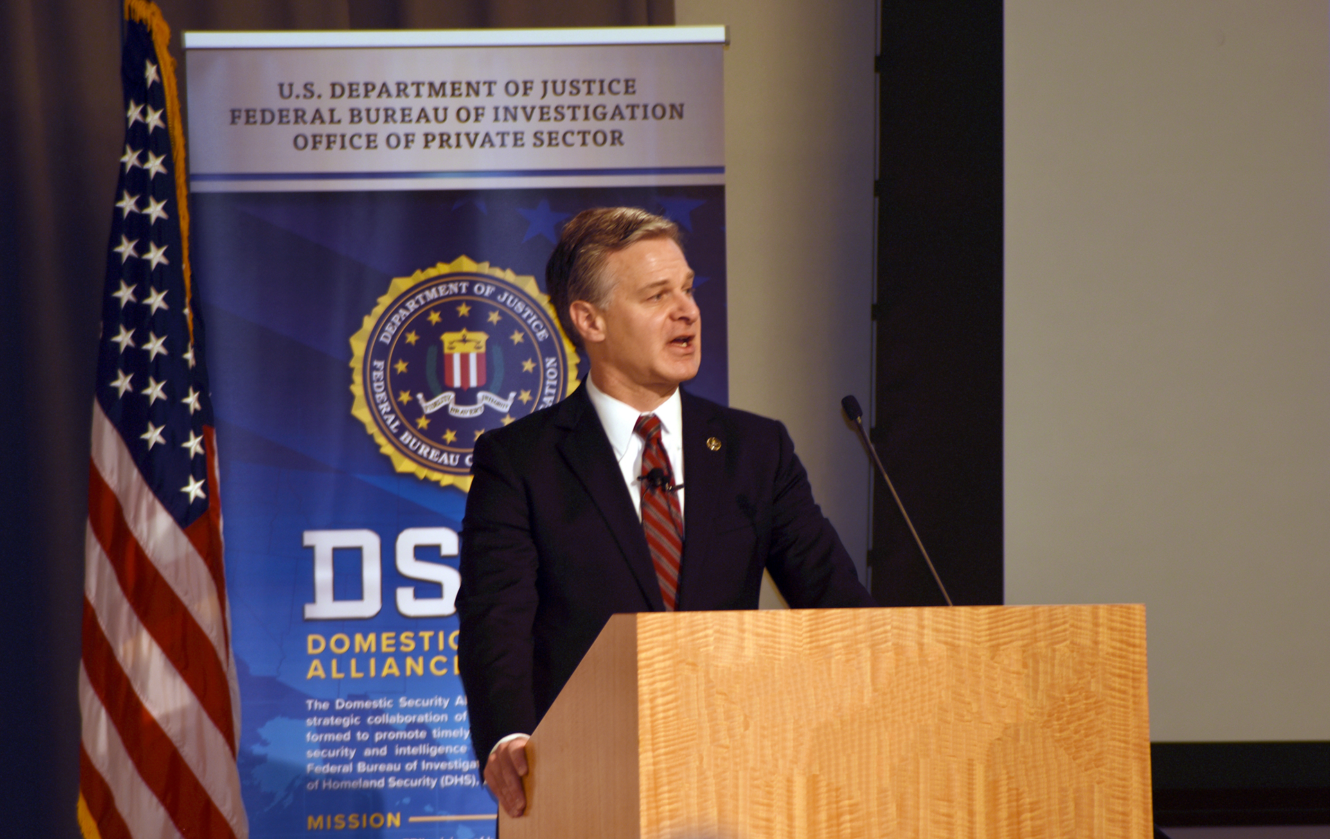 Director Wray addresses private sector attendees at the May 2019 Domestic Security Alliance Council's (DSAC) annual conference.