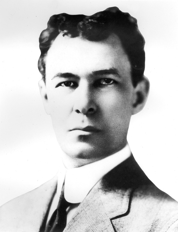 Stanley Finch (Full Portrait)