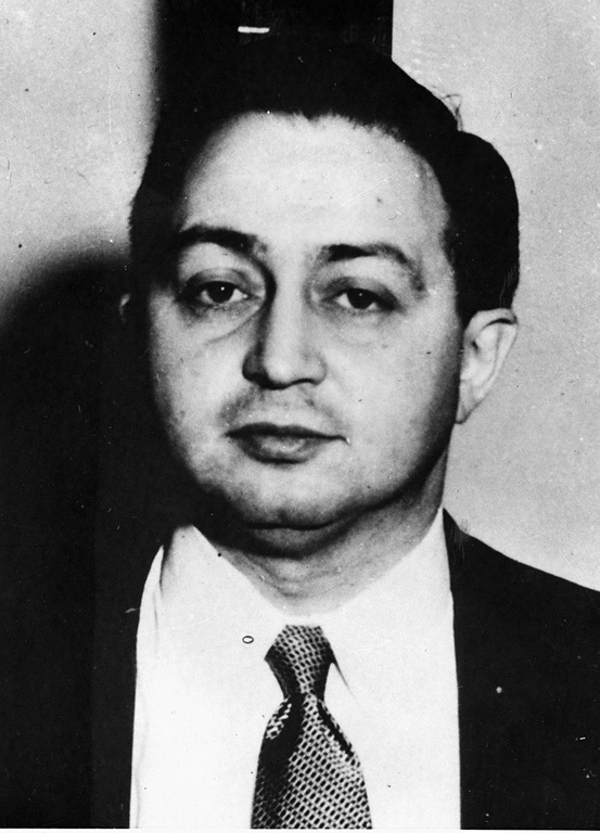 1950 mug shot of Harry Gold, scientist and naturalized U.S. citizen, who operated as a spy for Yakovlev, the Soviet Union, and courier transmitting atomic bomb specs from Klaus Fuchs to his Soviet handlers. Part of the Rosenberg circle.