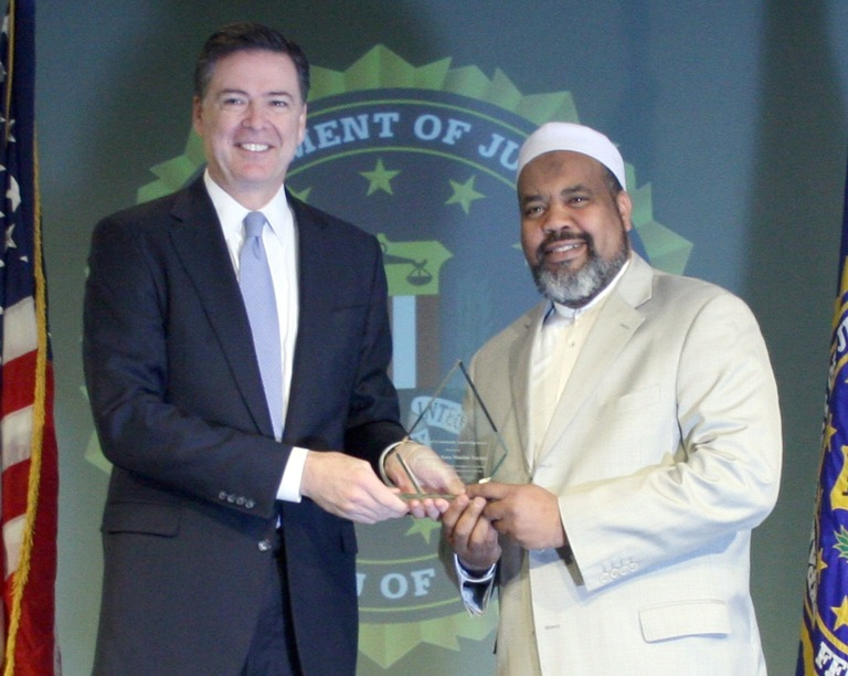 Imam Magid Receives Director's Community Leadership Award from Director Comey on April 15, 2016