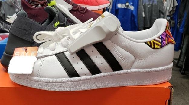 Hania Noelia Aguilar's Shoes Photo 3