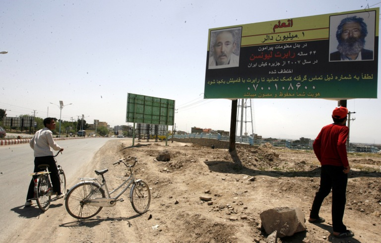 A billboard announcing a reward for information leading to the recovery of Robert Levinson, in Herat, Afghanistan, on April 24, 2012. (european pressphoto agency).