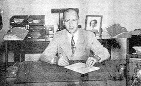 Louisville Special Agent in Charge M. W. McFarlin at his desk in 1944.