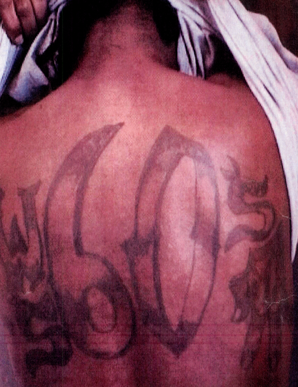 A tattoo displaying association with the Rollin' 60s set