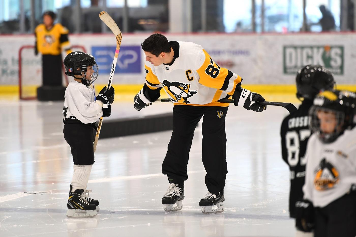 FBI Pittsburgh 2019 Director's Community Leadership Award recipient the Pittsburgh Penguins Foundation.