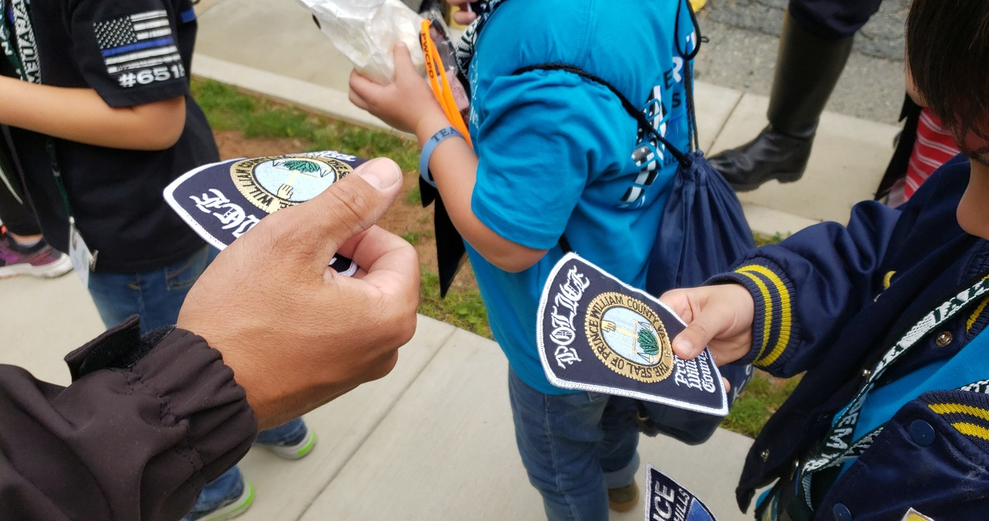 National Police Week 2019: Sharing Patches with Children at FBI Academy