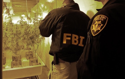 FBI-OPD Homicide Task Force Members Search Crime Scene