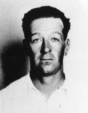 Holden was arrested in Beaverton, Oregon in June 1951 following a tip from a citizen who read a wire service story in the Portland, Oregon, newspaper The Oregonian and contacted the FBI.