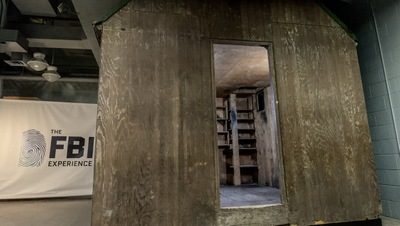 Unabomberas Cabin Reconstruction at FBI Headquarters