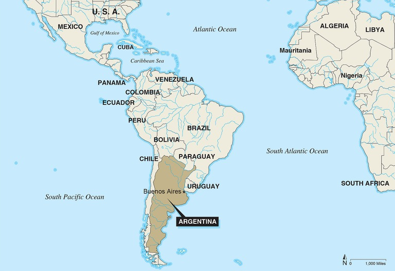 Stock image depicting the location of Argentina relative to North and South America.
