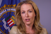 Gillian Anderson Thanks FBIas Women Agents For Service